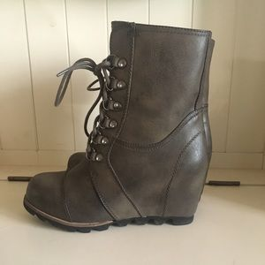 0616e11ed59 Merona Shoes - Marisol Lace Up Wedge Hiker Boots